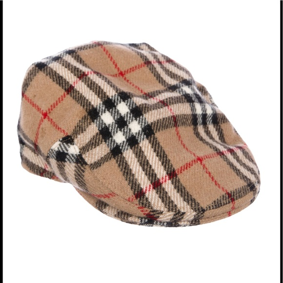 c1d4015f2bd Burberry Accessories - Burberry Tan Novacheck Wool Newsboy Cap